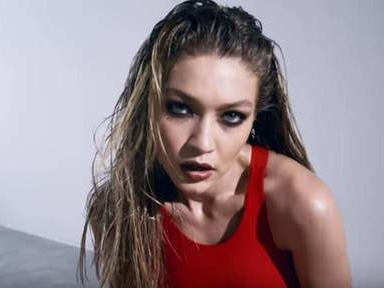 Un détail dans cette vidéo de Gigi Hadid choque la toile