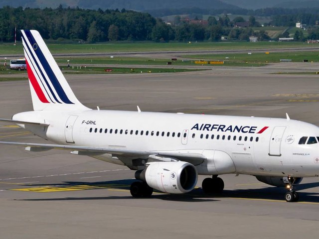 Face au Coronavirus, Air France coupe dans ses dépenses