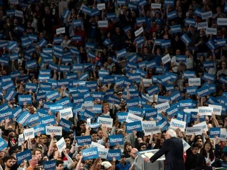 Pourfendeur de Wall Street, Bernie Sanders y a aussi ses fidèles