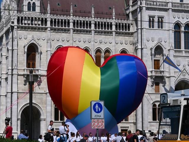 Hongrie : que peut l'Europe face à la loi anti LGBT ?