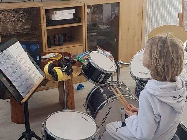 Malgré le confinement, l'école de musique de Carcans fait chanter et jouer ses élèves
