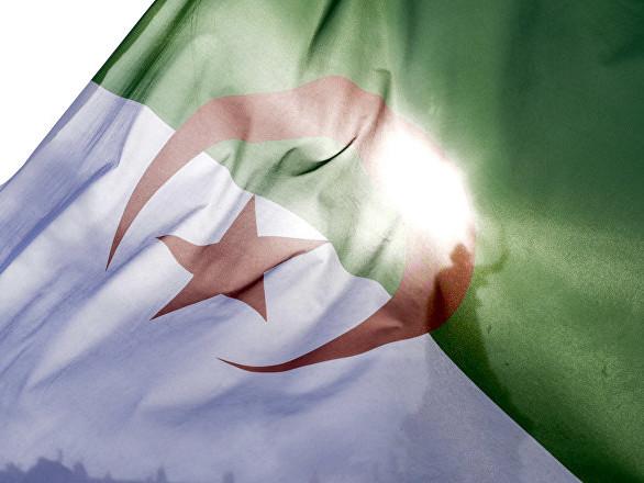 «Ici c'est Nancy, pas l'Algérie»: face-à-face tendu avec des identitaires à Nancy (vidéos)