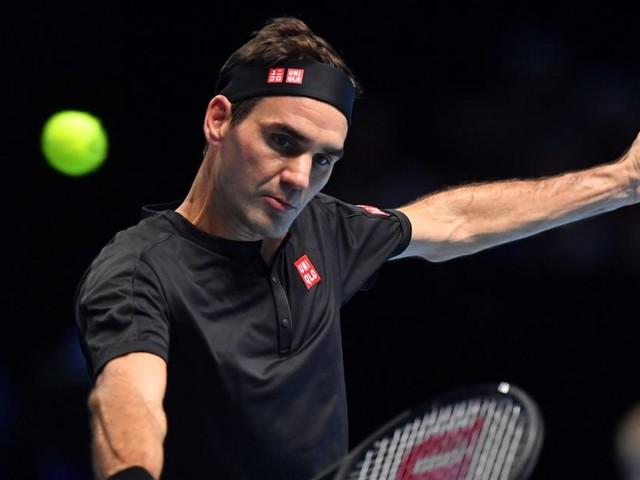 Federer bat et élimine Djokovic au Masters: le Suisse file en demi-finales, Nadal finira l'année Nº1 mondial (vidéos)