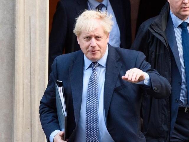 Douche froide pour Boris Johnson: l'accord sur le Brexit reçoit un premier soutien capital des députés, mais son délai d'application est rejeté