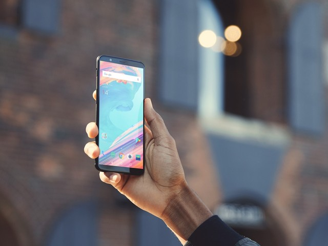 OnePlus 5 : utiliser la fonction de déverrouillage de visage du OnePlus 5T
