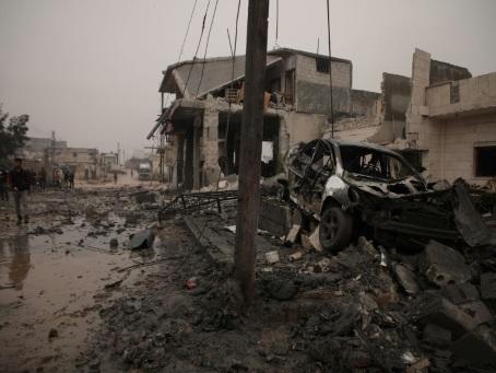 Syrie: 12 civils, dont sept enfants, tués dans des raids russes, dénonce une ONG