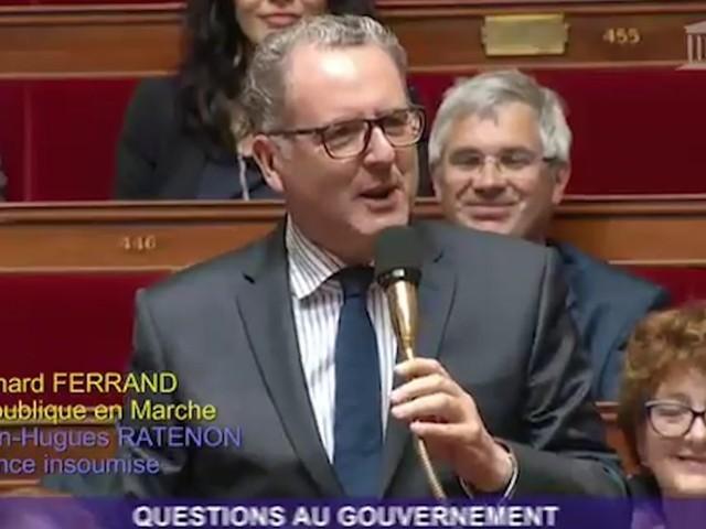 """""""Il est revenu"""" : le retour remarqué de Richard Ferrand à l'Assemblée"""