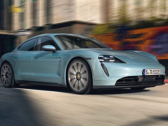 Porsche dévoile la Taycan 4S, électrique milieu de gamme