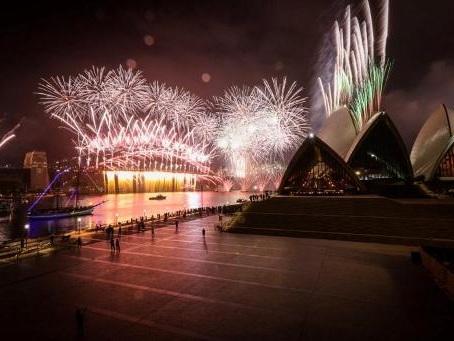 La planète commence à célébrer un Nouvel An sous le signe du coronavirus