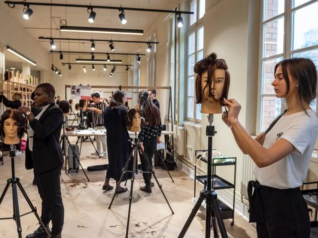 Quand L'Oréal forme des coiffeurs entrepreneurs