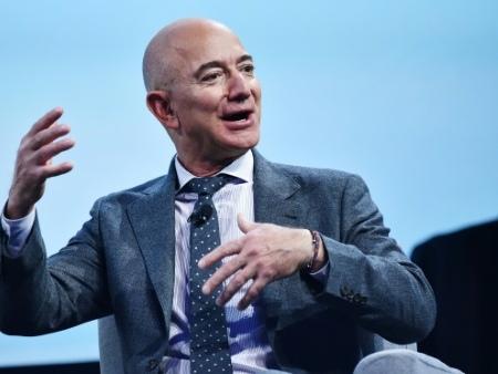 Jeff Bezos lance un fonds pour la terre de 10 milliards de dollars