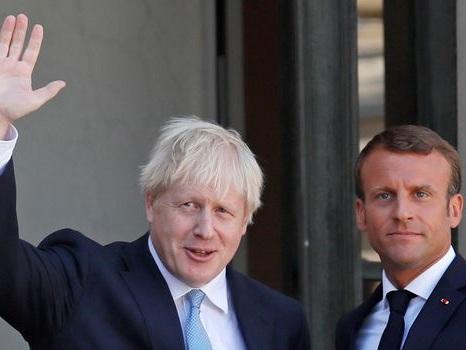 """Victoire de Boris Johnson: """"le temps de la clarté est venu"""" sur le Brexit, estime Macron"""