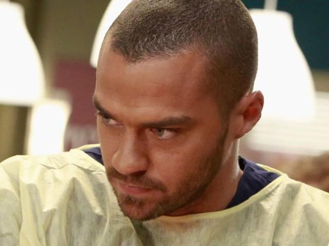 Jesse Williams (Jackson) prépare-t-il sa sortie de Grey's Anatomy ?