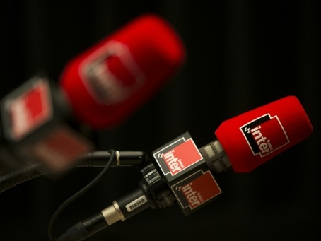Audiences radio: France Inter progresse en tête, Europe 1 se stabilise enfin