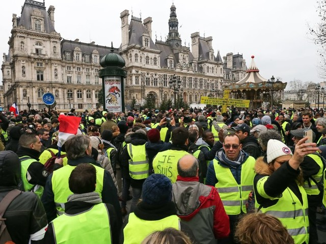 Gilets jaunes: les reporters de BFMTV boycottent les actions ce lundi 7 janvier