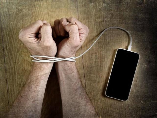 Détox digitale : une chance de réduire le stress et de se reconnecter avec soi-même