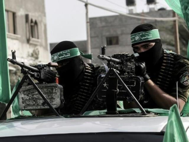 """Le Hamas prévient que """"personne au monde"""" ne peut le forcer à rendre les armes"""