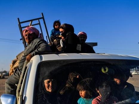 Syrie: 18 morts dans un attentat de l'EI contre des déplacés