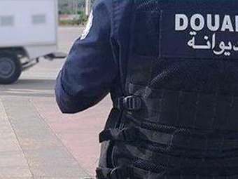 Tunisie – Sidi Bouzid: Un agent des douanes dans un état critique; Il a été poignardé par un contrebandier