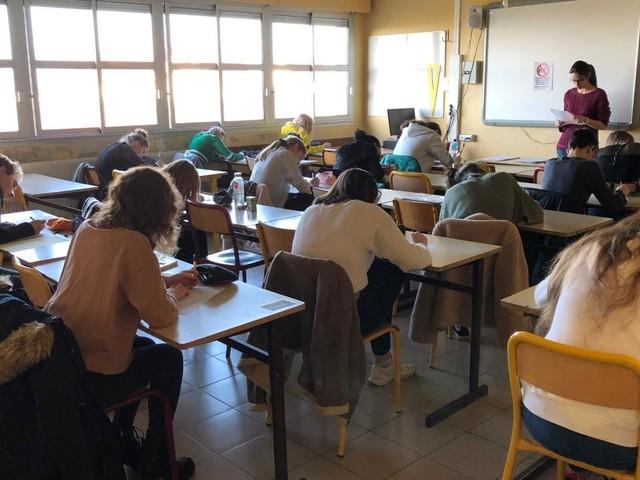 """""""Nos gamins sont victimes d'une guerre de positions"""" : la FCPE réagit après des perturbations lors des épreuves du nouveau bac"""