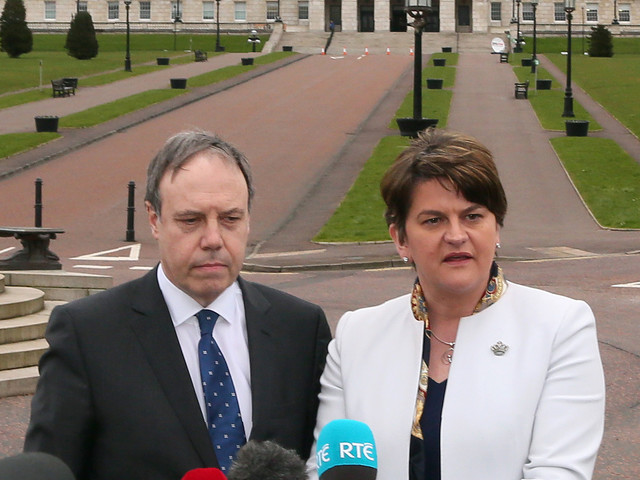 Irlande du Nord: des députés reprennent le chemin du Parlement pour s'opposer à l'avortement