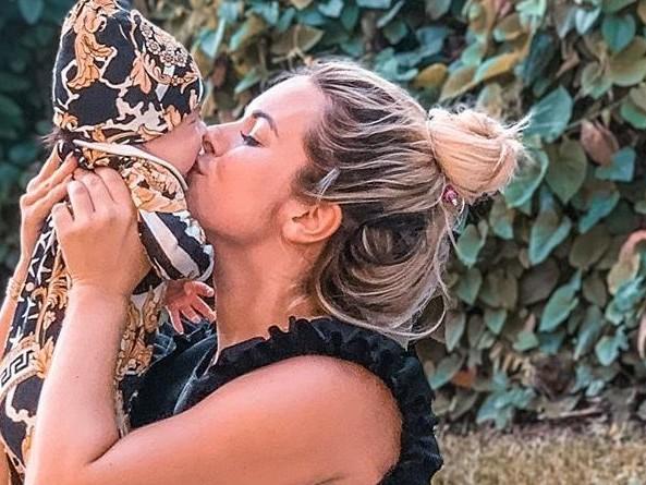Carla Moreau : Sa nouvelle publication avec sa fille Ruby fait réagir la toile !