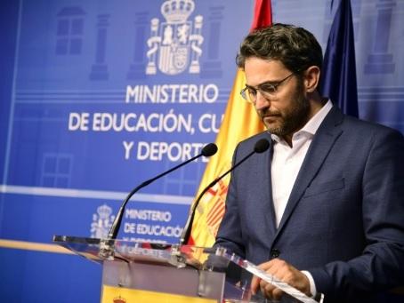 Espagne: le ministre de la Culture démissionne, coup dur pour Sanchez