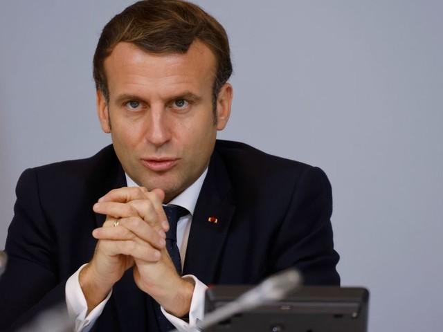 """Covid-19: Macron veut """"donner de la clarté et de la cohérence"""" mardi soir"""