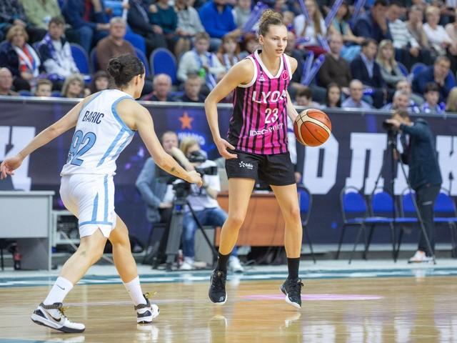 WNBA : la star de l'Equipe de France poursuit son aventure américaine