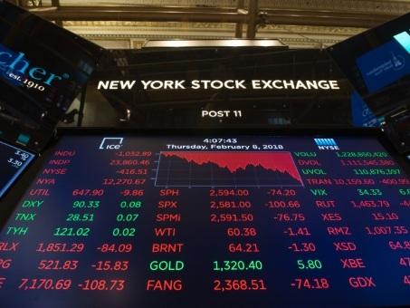 Wall Street ouvre en hausse, soutenue par l'espoir de détente commerciale