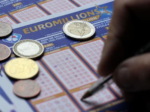 Résultat de l'Euromillions (FDJ): le tirage du mardi 2juin 2020en direct