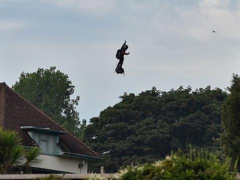 Traversée de la Manche en Flyboard: Cette fois, c'est fait, Franky Zapata a réussi son pari fou