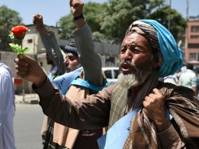 Afhanistan: manifestation de paix mais reprise des combats après l'expiration d'un cessez-le-feu