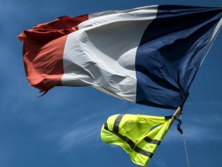 """L'attractivité de la France s'améliore malgré des doutes après les """"gilets jaunes"""""""
