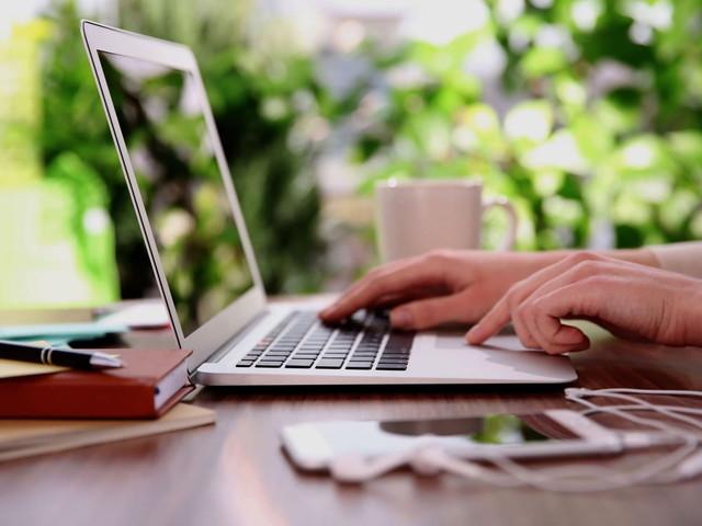 Envoyer et recevoir des SMS sur PC ou Mac avec Google Messages
