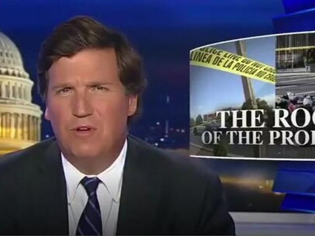 """Cette star de Fox News pense que le suprémacisme blanc est une """"théorie du complot"""""""