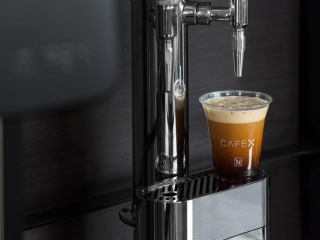 Cafe X, l'application qui veut mettre Starbucks sur la paille