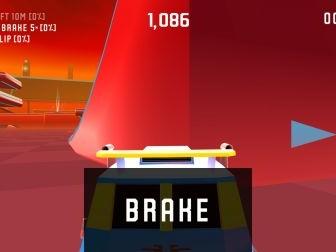 """Test jeu """"Rekt"""" : maitrisez saltos, loopings et vrilles dans une arène futuriste, sur iPhone et iPad"""