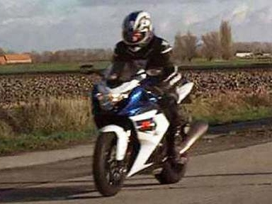 Le motard flashé à 200 km/h s'est rendu