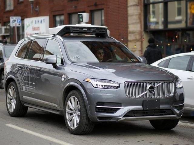 Uber achète 24 000 Volvo XC90 autonomes et hybrides
