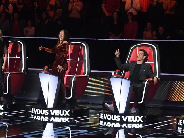 The Voice 9 : Lara Fabian fond en larmes, Amel Bent et Pascal Obispo se disputent, candidats remarquables... Revivez les premières auditions à l'aveugle