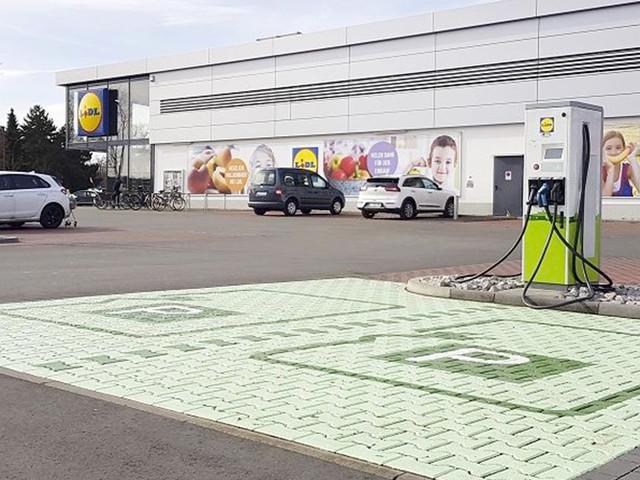 Lidl va installer près de 400bornes de recharge en Allemagne