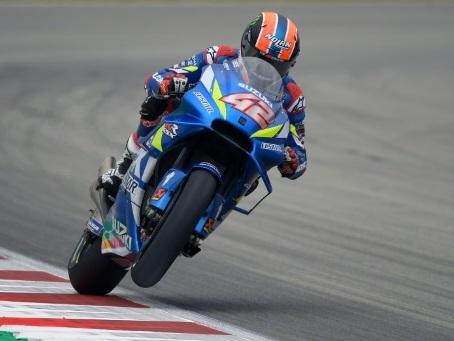 GP moto de Catalogne: Rins domine les essais libres 3, Marquez pas au mieux