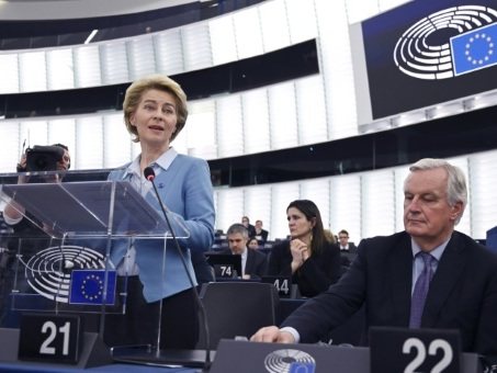 Brexit: feu vert de l'UE pour lancer les négociations commerciales avec Londres