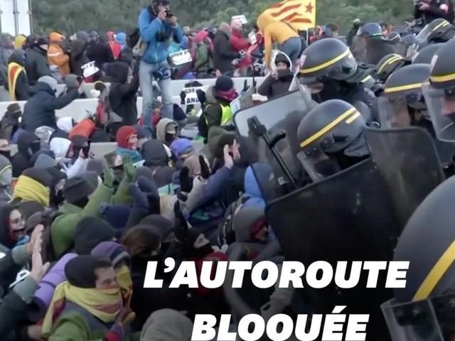Les indépendantistes catalans délogés de l'autoroute entre l'Espagne et la France