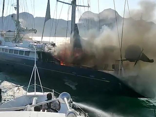 Coulé après un incendie, la fin du «Phocéa», voilier au destin rocambolesque