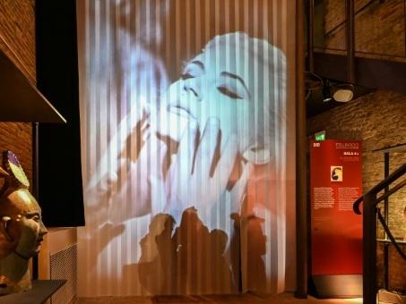 Rimini célèbre le génie de Fellini, l'enfant du pays