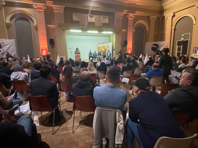 Élections municipales :ÉricSimoniprésente sa liste «PèBastia»