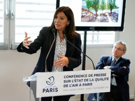 Pollution de l'air à Paris: Hidalgo veut agir contre l'automobile, les particules ultrafines sous surveillance