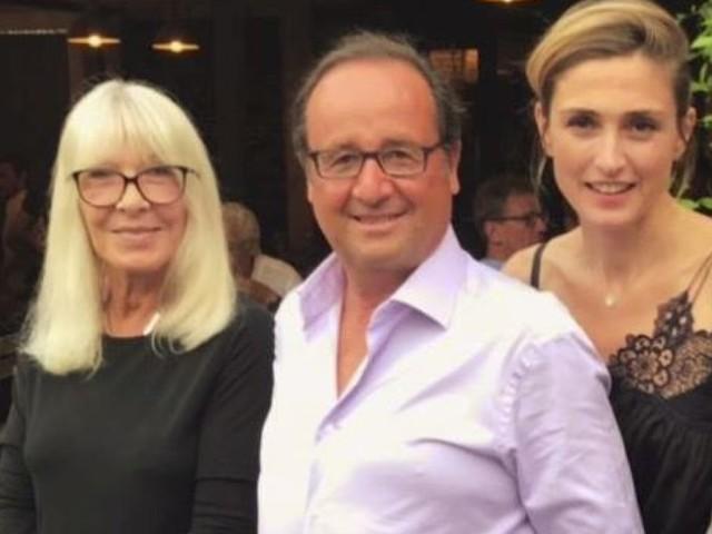 Julie Gayet, François Hollande, Charles Aznavour et Michel Drucker ensemble dans un restaurant varois